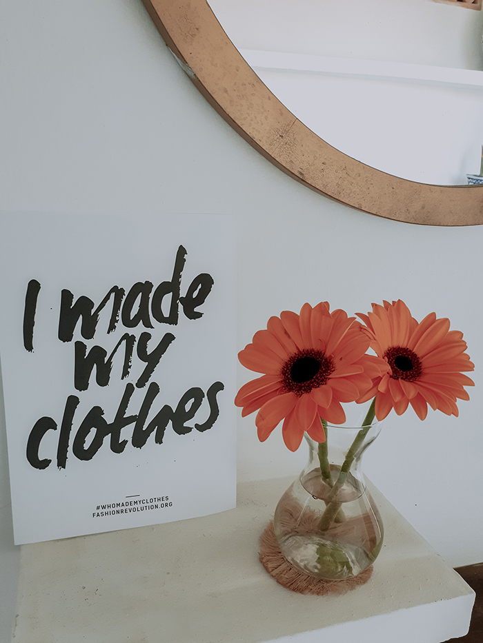 I made my clothes sign