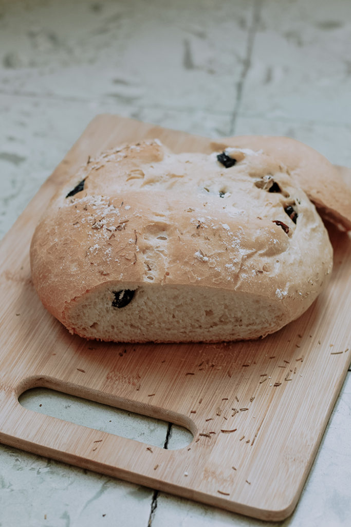 sundried tomatoes and olives bread loaf