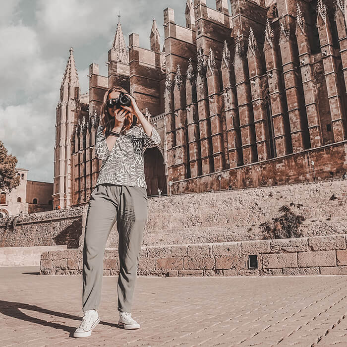 palma insta tour photographer at cathedral